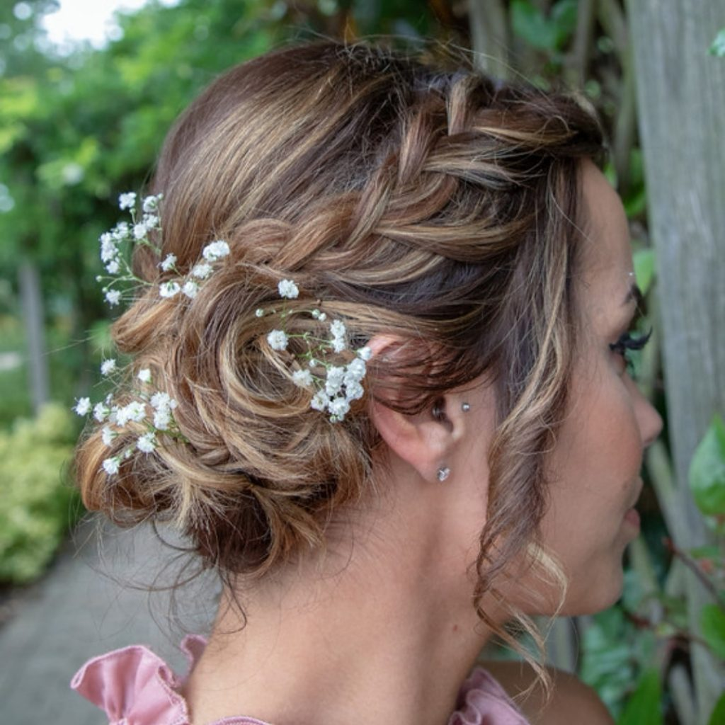 Textured bridesmaid hair