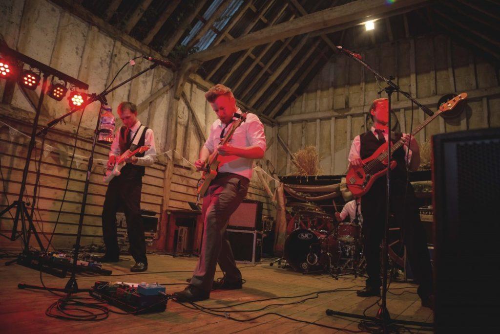 dancefloor-fillers-band-for-wedding.jpg