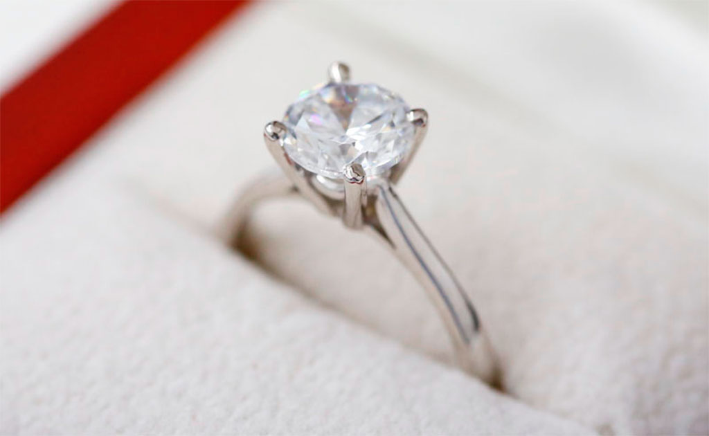 Why Hatton Garden Are The Best For Diamond Engagement